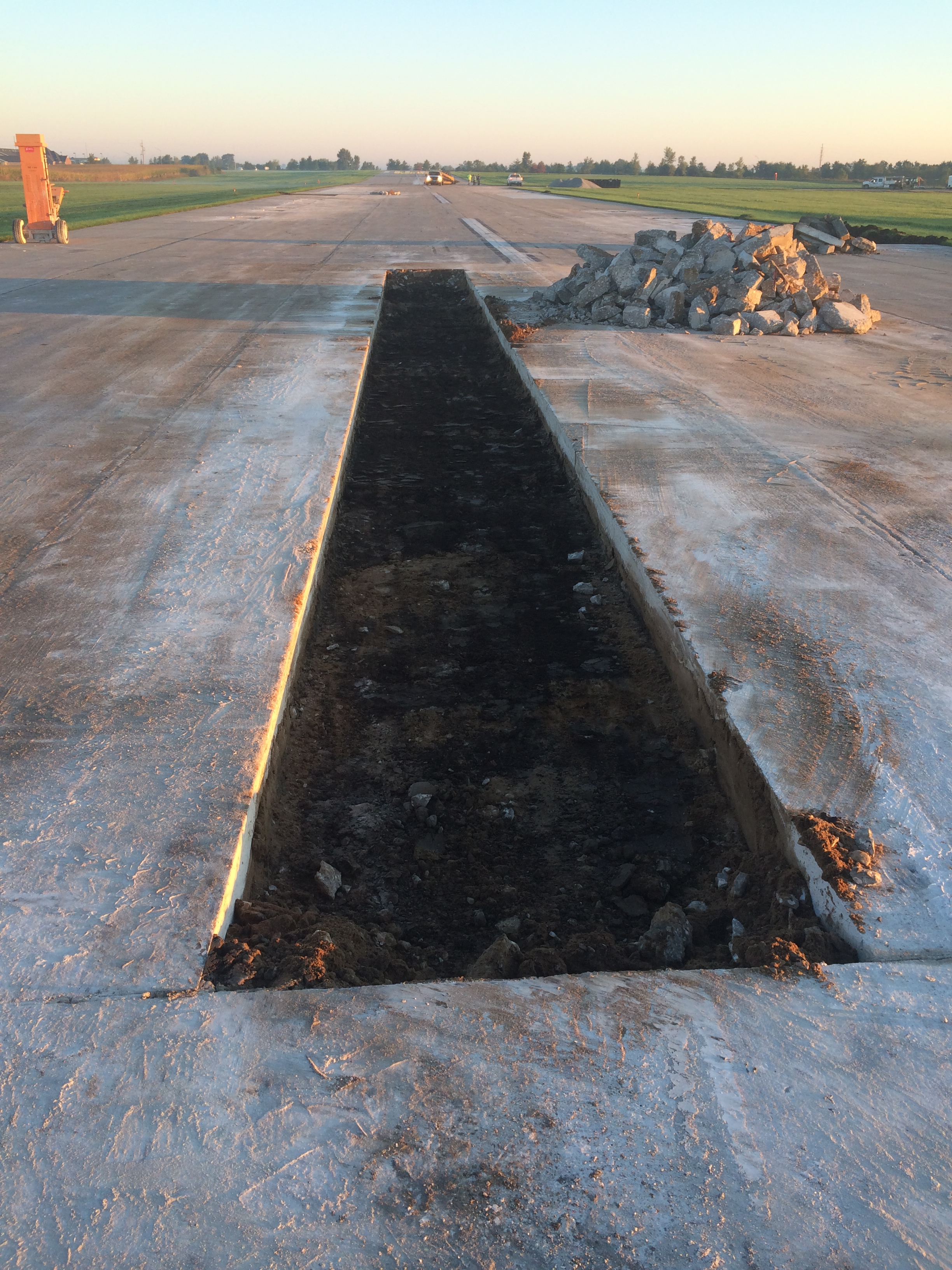 The Pella Municipal Airport is Closed from September 15 through October 6th for concrete repairs.  Please check NOTAMS for up to date opening information.